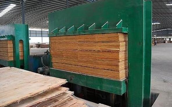 木材粉碎机的机械加工工艺