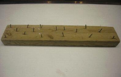 利鑫木材粉碎机粉碎带钉子的木板毫无压力