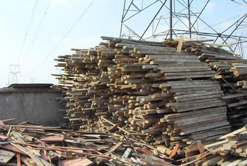 废木材经过木材粉碎机粉碎后可以干什么